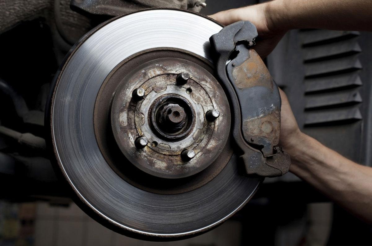Taller de reparación de frenos en Torrelavega